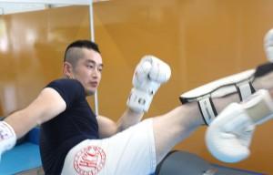 kick_07